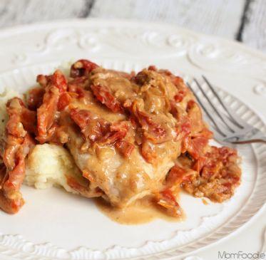 Chicken in Rich & Creamy Sun Dried Tomato Gravy