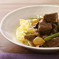 Beef with Mushrooms and Red Wine