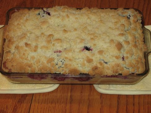 Streusal Plum Cake