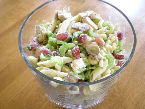 recipe: chicken macaroni salad with grapes [10]