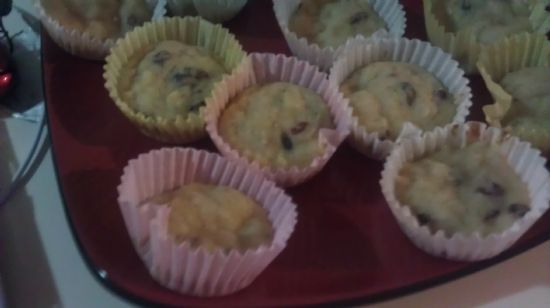 Pineapple-Cranberry Muffins