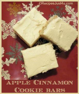 Apple Cinnamon Sugar Cookie Bars