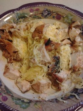 Amy's guilt free chicken Alfredo dish for one