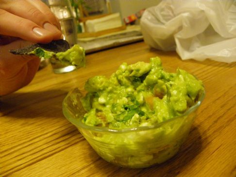 Delightful Guacamole Cottage Cheese Dip