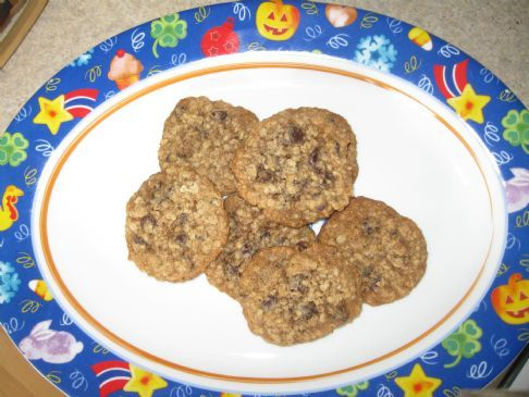 My Ultimate Oatmeal Chocolate Chip Cookie