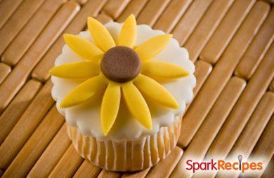 Sweet Vanilla Spring Cupcakes