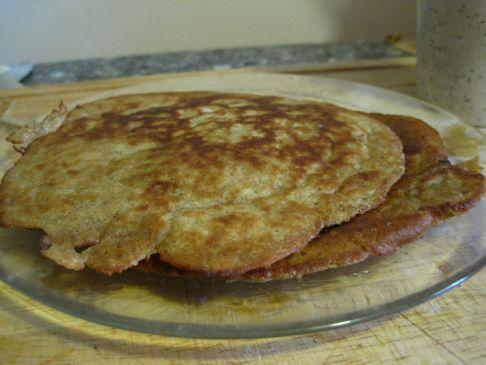 Banana Almond Pancackes