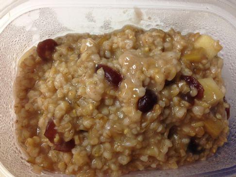Steel cut oatmeal apple cinnamon cranberry cereal