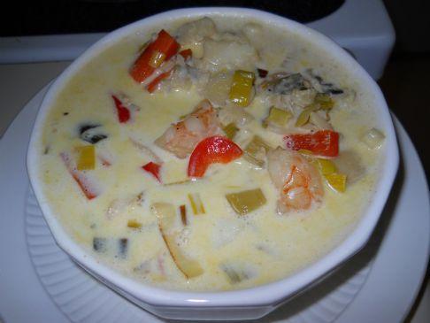 Fish soup with saffron and cream recipe sparkrecipes for Creamy fish soup recipe