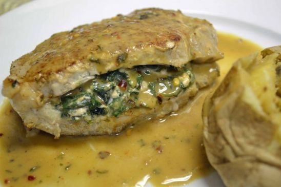 Skinny Creamed-Spinach Stuffed Pork Chops