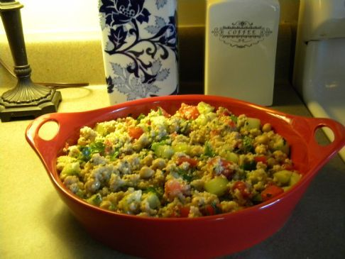 Couscous Salad with Cucumbers & Tomatoes