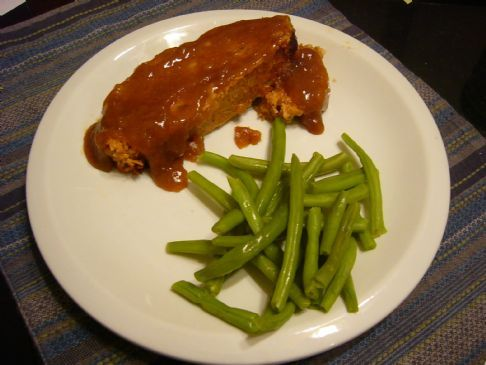 Turkey Meatloaf with Brown Gravy