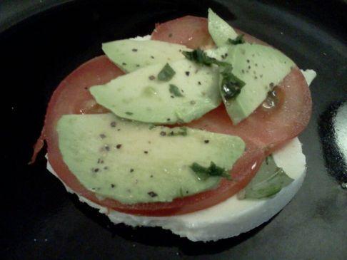 Caprese & Avacado Salad
