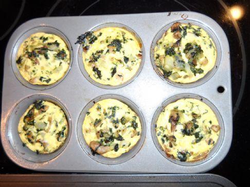 Chicken Sausage, Egg Whites, Spinach, Onion, & Mushroom Muffin
