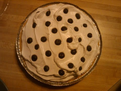 Blueberry Greek Yogurt Pie