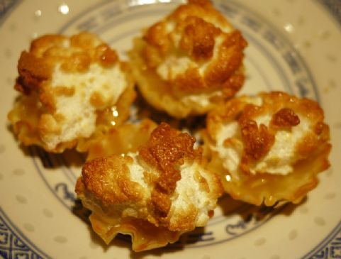 mini phyllo lemon meringue tarts