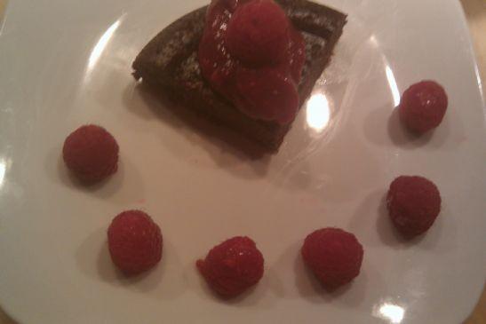 Raw Vegan Flourless Chocolate Cake