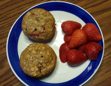 Strawberry-Oatmeal Muffins Recipe | SparkRecipes
