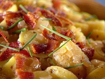 Warm German Potato Salad (Traditional)