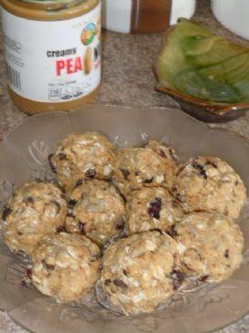 No-Bake Oatmeal Protein Balls