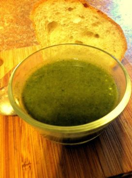Delightful Kale, Broccoli, Spinach Green Soup