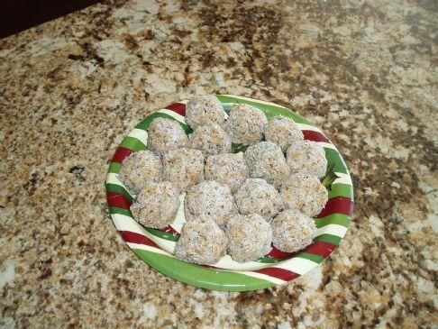 Chia Snowball Cookies