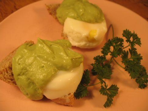 Eggs Benedict with Avocado Hollandaise