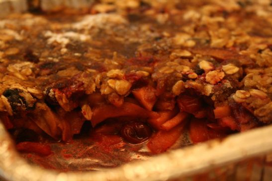 Low-Calorie Apple-Cranberry Crisp