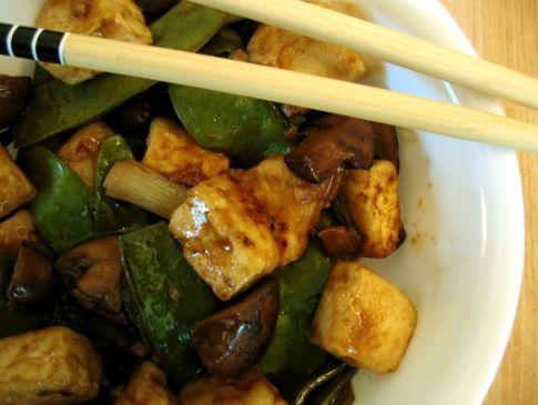 Tofu Stir Fry with mushrooms and snow peas