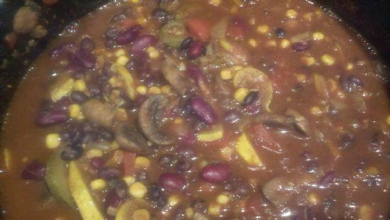 Vegetarian Chili (Thisha)