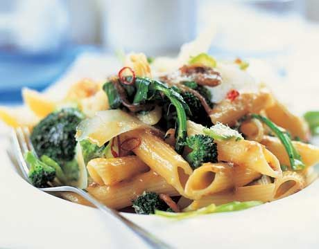 Whole Wheat Pasta with Braised Greens