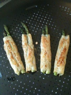 Like Paula Deen's Phyllo Wrapped Asparagus but healthier