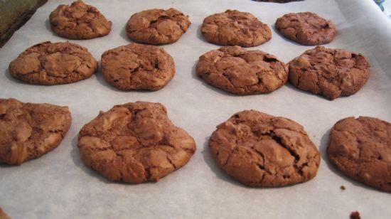Chocolate & Pecan Macaroons
