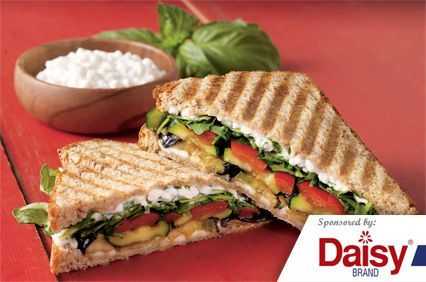 Roasted Veggie Sandwiches from Daisy Brand®
