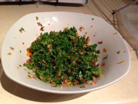 Kale, Pepper and Pear Salad