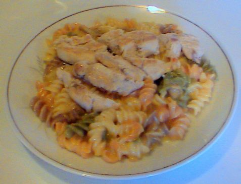 Wacky Mac and Cheese with Grilled Chicken