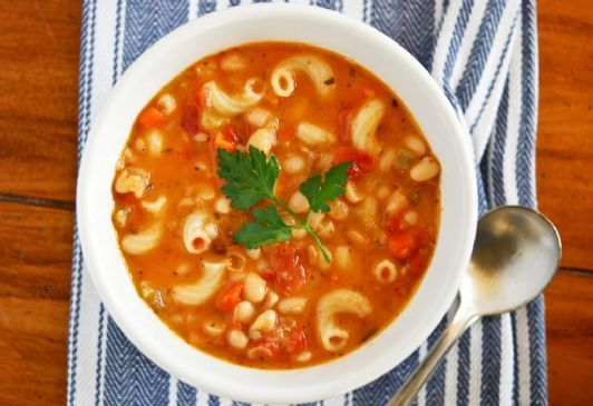 Vegan Crockpot Pasta e Fagioli Soup