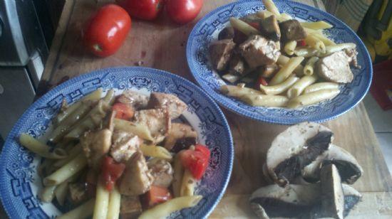 Chicken, Tomato and Mushroom pasta