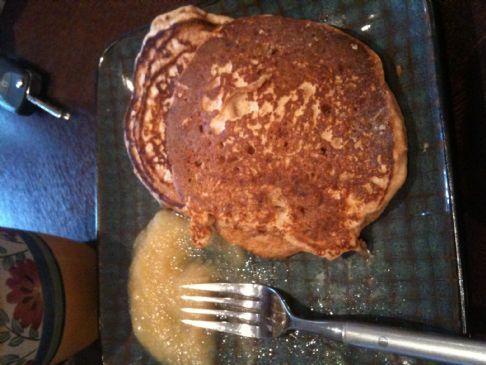 Whole Wheat Low-Fat Pancakes