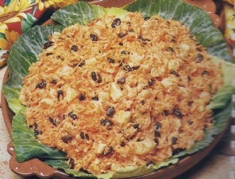 Carrot-Raisin Salad (Luby's Recipe)
