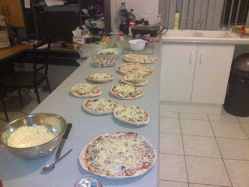 PITA BREAD PIZZA.