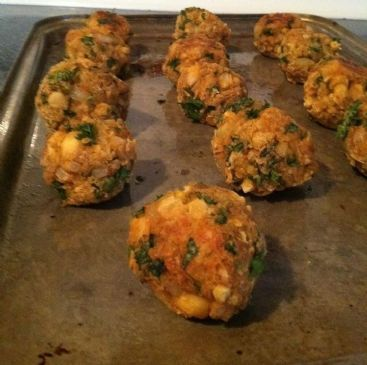 Falafel Balls (adapted from Hungry Girl)