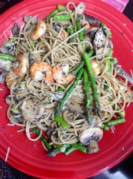Light Alfredo Shrimp & Asparagus Pasta Dinner