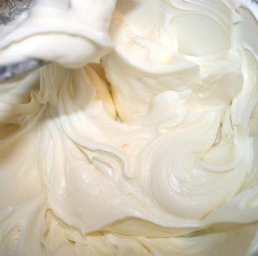 Greek Yogurt-Cream Cheese Frosting