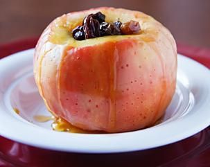 Microwaved Apples with Honey and Raisins