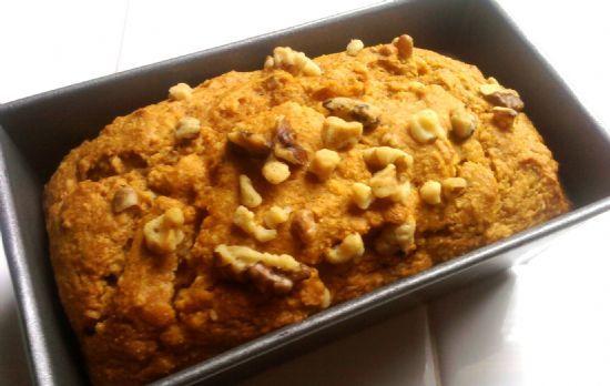 Lowfat Sweet Potatoe Walnut Bread