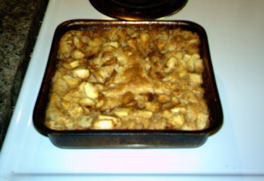 Carmel Apple Cobbler Cake