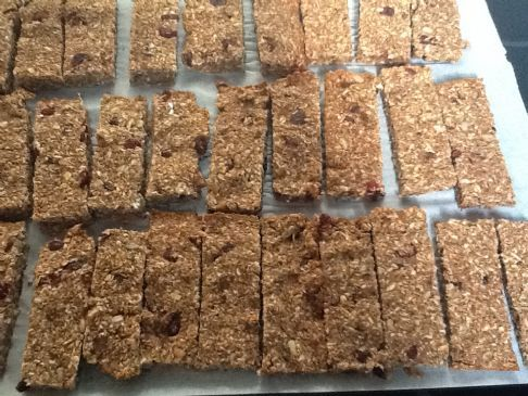 p2B granola bars with craisins