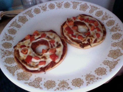 Guilt-free Pizza Bagels!