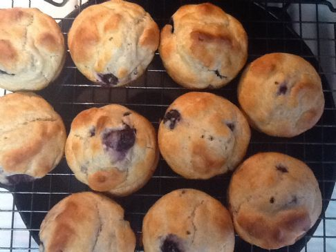 Blueberry Bisquick Yogurt Muffins